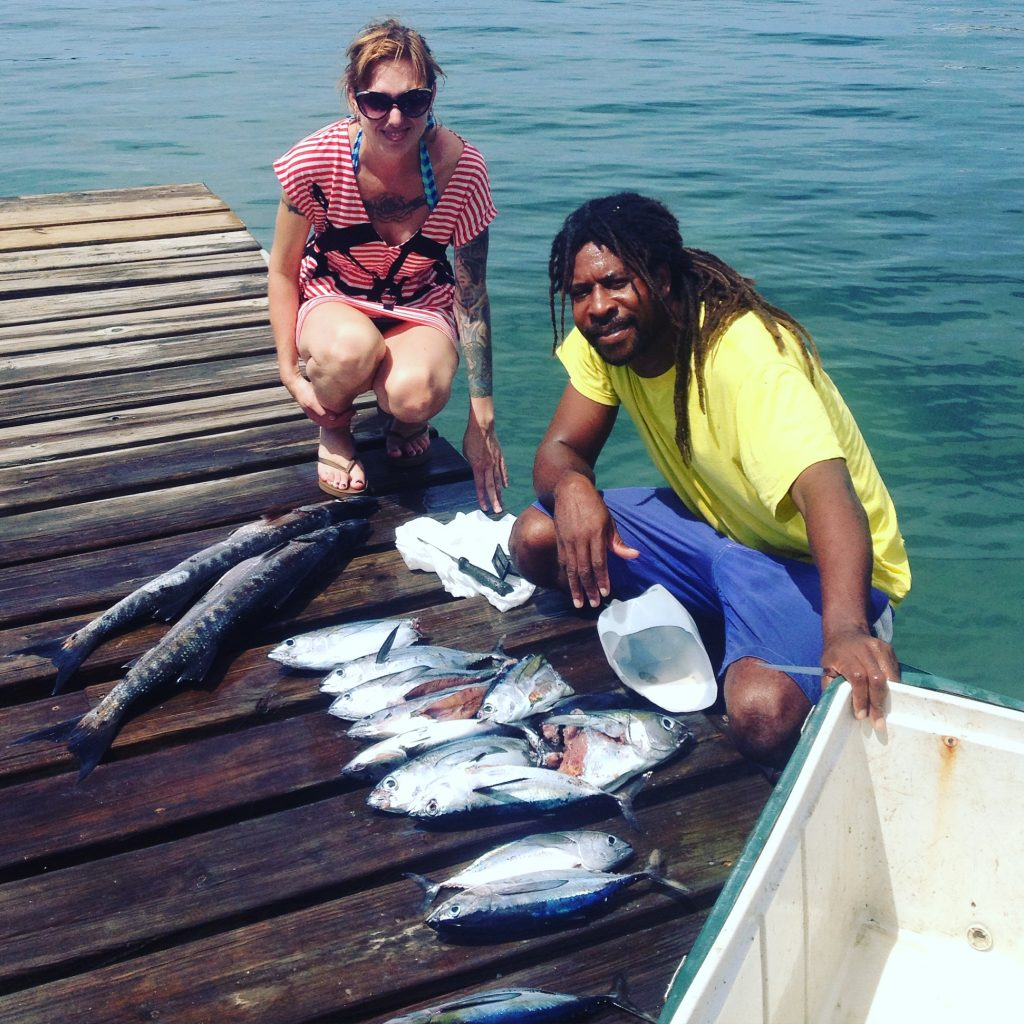 deep sea fishing roatan